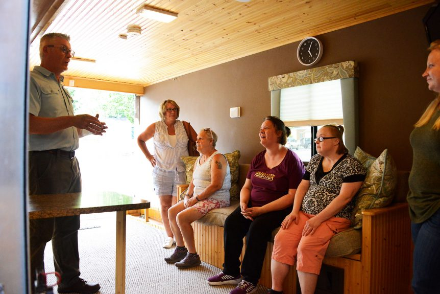 More With Developmental Disabilities >> Mobile Smart Home Demonstrates How People With Developmental
